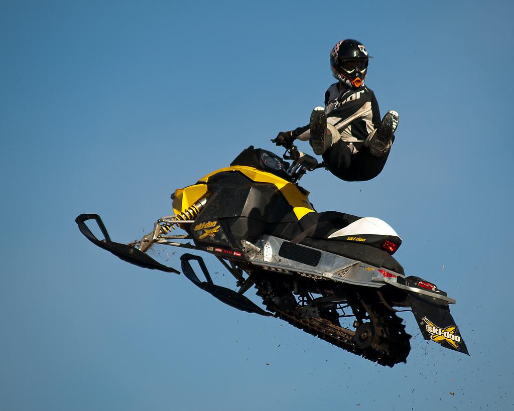 ski doo snowmobiles X treme Skidoo Show