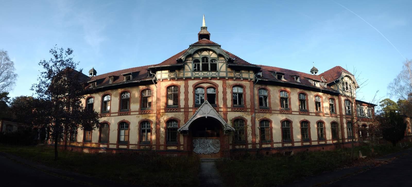 beelitz heilstatten17 Abandoned Beelitz Heilstatten Hospital