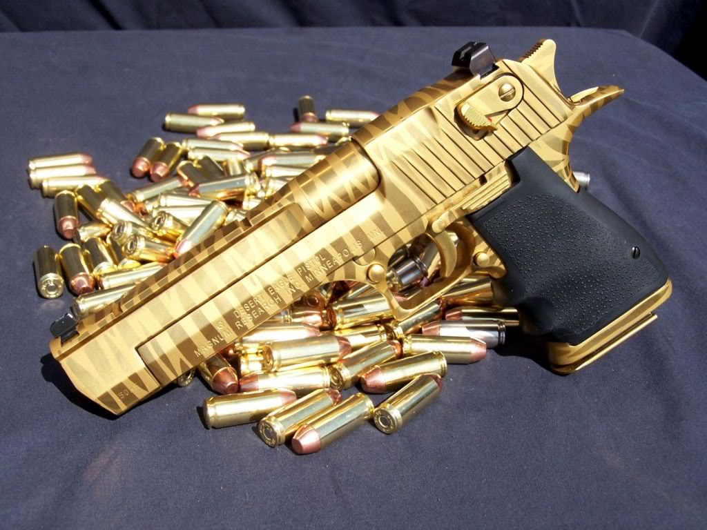gold desert eagle3 Gold Desert Eagle