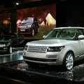 New Range Rover Revealed at Pari...