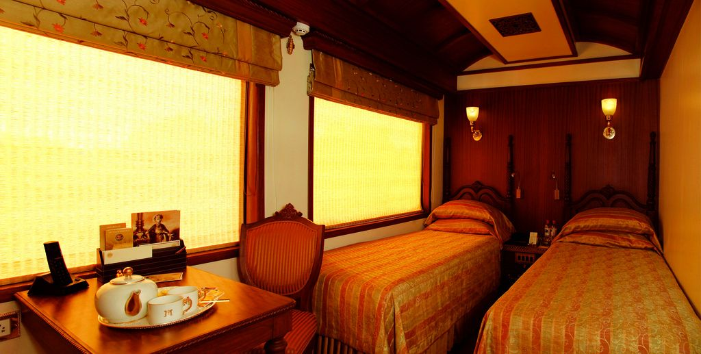 maharaja express6 Maharajas Express   One of the Most Luxurious Trains in World