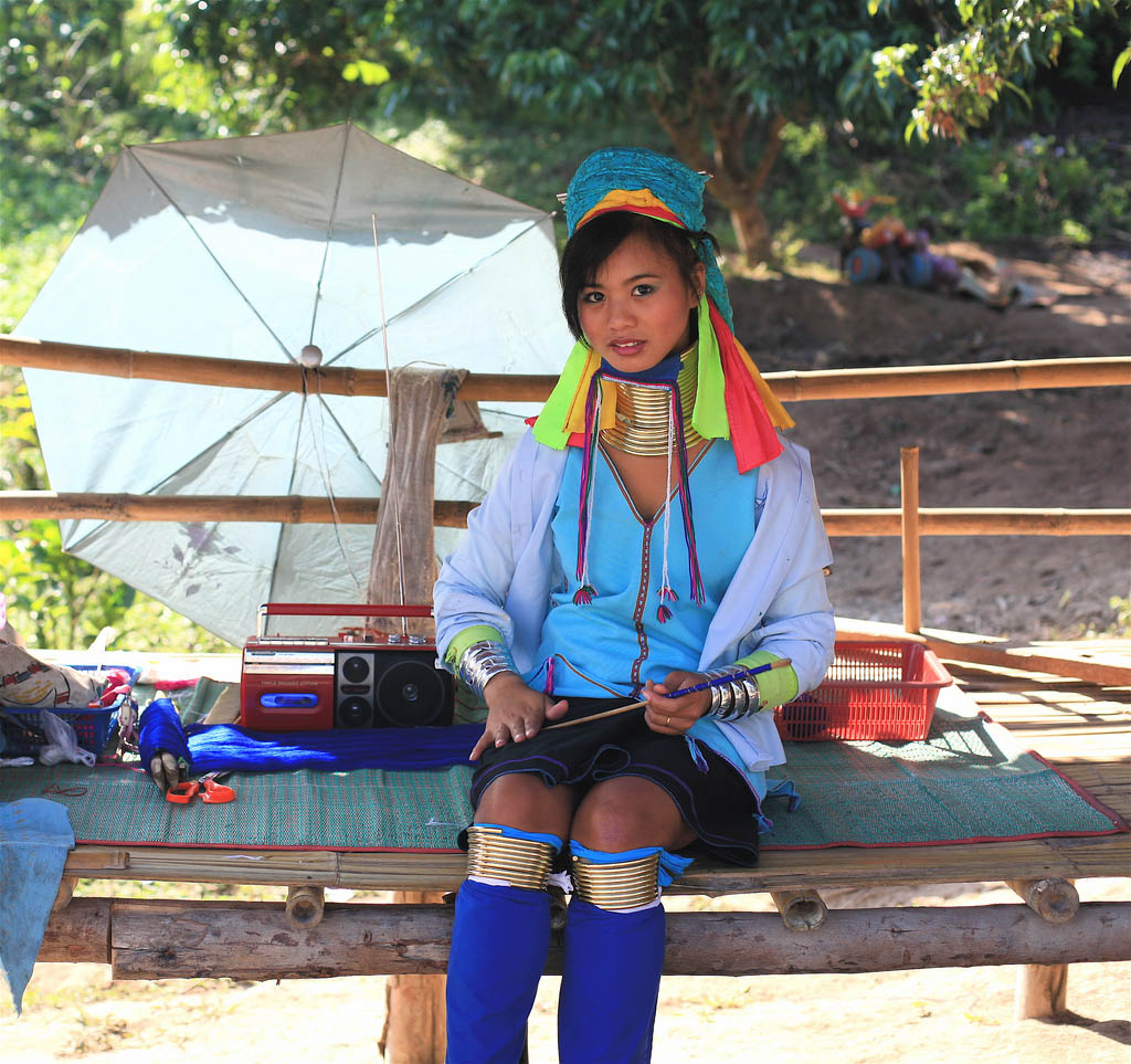 kayan2 Long Necked Padaung Tribe