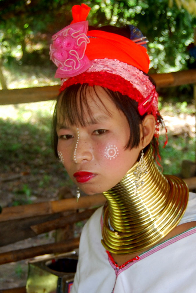 kayan8 Long Necked Padaung Tribe