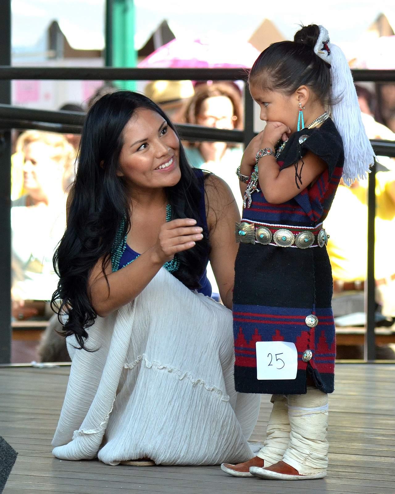 native american clothing13 Native American Clothing Contest at Santa Fe Indian Market