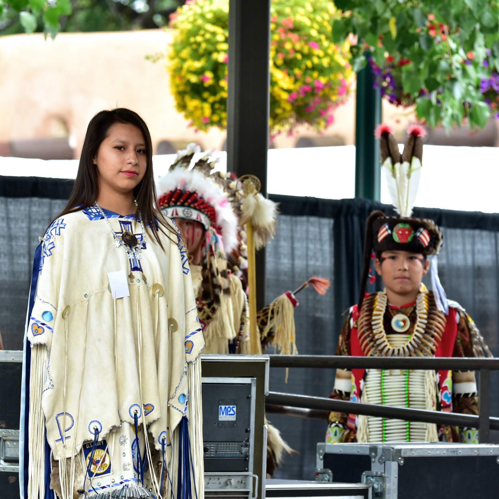 native american clothing2 Native American Clothing Contest at Santa Fe Indian Market