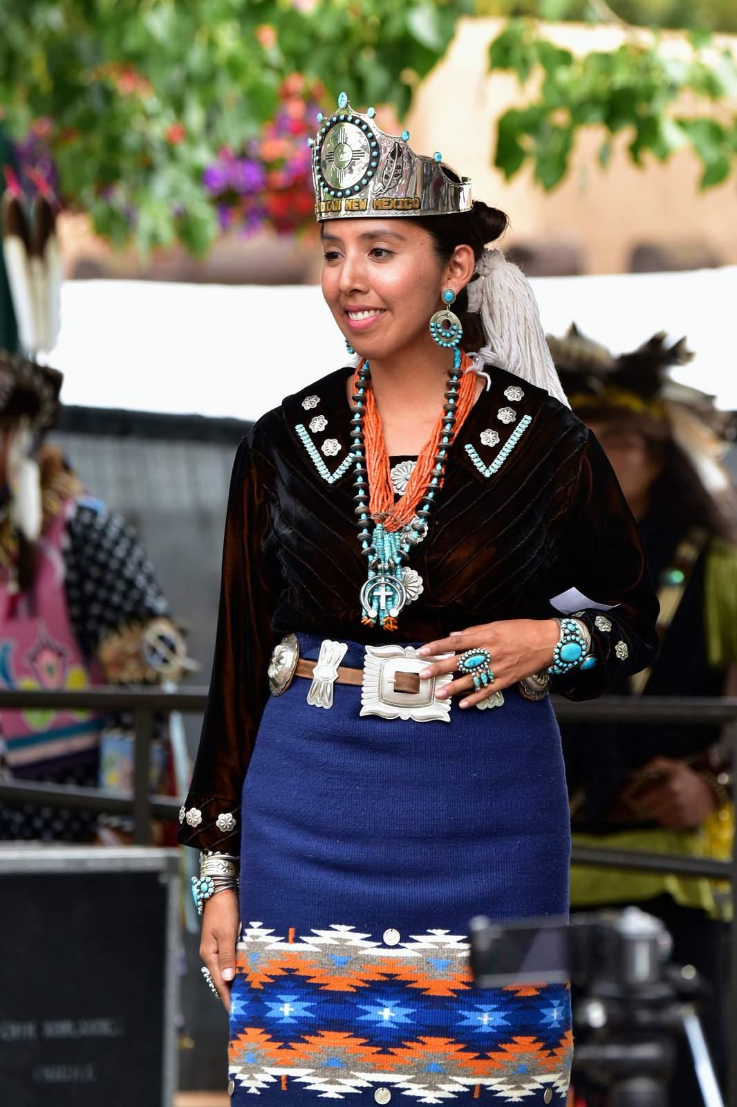 native american clothing7 Native American Clothing Contest at Santa Fe Indian Market