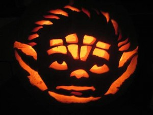 halloween pumpkins jack o lantern 2 300x225 Funny Pumpkin Faces Creations
