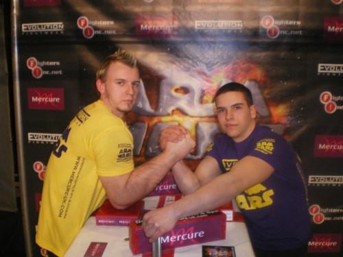 armwrestling 03 500x375 Armwrestling Champion Matthias Schlitte